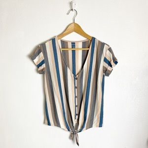 American Eagle striped short sleeve top